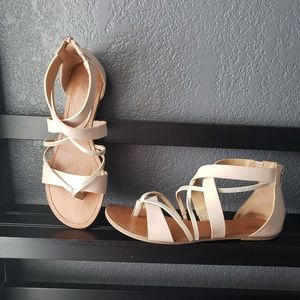 Summery Strappy Sandals w/ Zipper Back